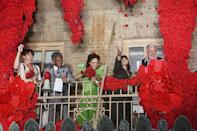 """<p>After audiences involuntarily took the directive """"Wait for Me"""" from one of the show's musical numbers very literally for the past 18 months, there was cause to smile and make merry.</p> <p>Pictured: Reeve Carney, Andre De Shields, Amber Gray, Eva Noblezada and Tom Hewitt showering the crowd below with flowers. </p>"""