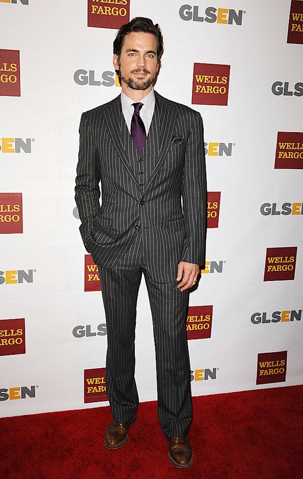 "Right behind Amy on the red carpet was ""White Collar"" hunk, Matt Bomer, who looked exceptionally dapper in his purple tie, striped suit, and scruff-adorned mug. (10/5/2012)<br><br><a target=""_blank"" href=""http://tv.yahoo.com/news/matt-bomer-headed-normal-000824300.html"">Bomer to guest on ""The New Normal""</a>"
