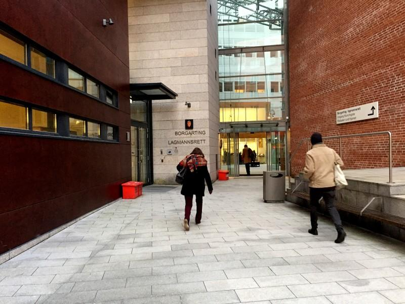 People enter Borgarting Court of Appeals in Oslo
