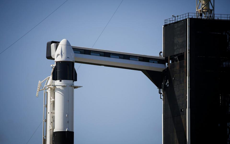 Space Exploration Technologies Corp. (SpaceX) Falcon 9 rocket and Dragon spacecraft ahead of the Inspiration4 mission in Merritt Island, Florida, - Bloomberg