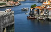 Tourists from Britain and most EU countries able to return to Portugal