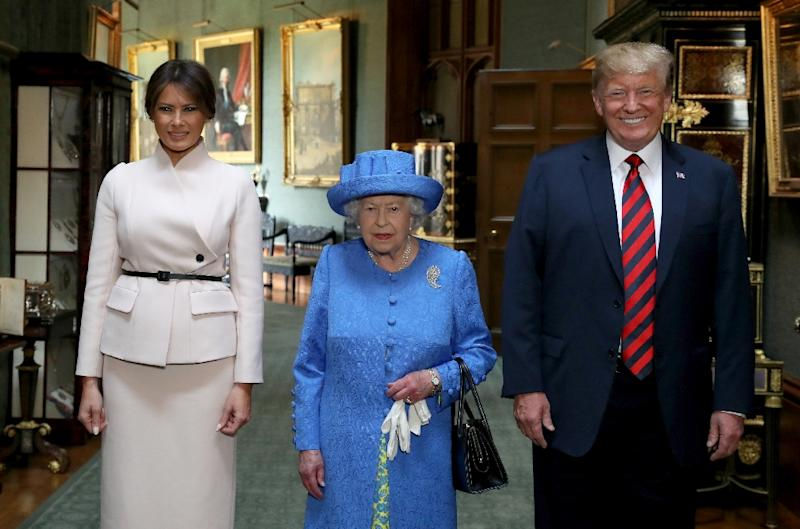 Britain's Queen Elizabeth II (C) will again meet US President Donald Trump (R) and First Lady Melania during an official state visit next month