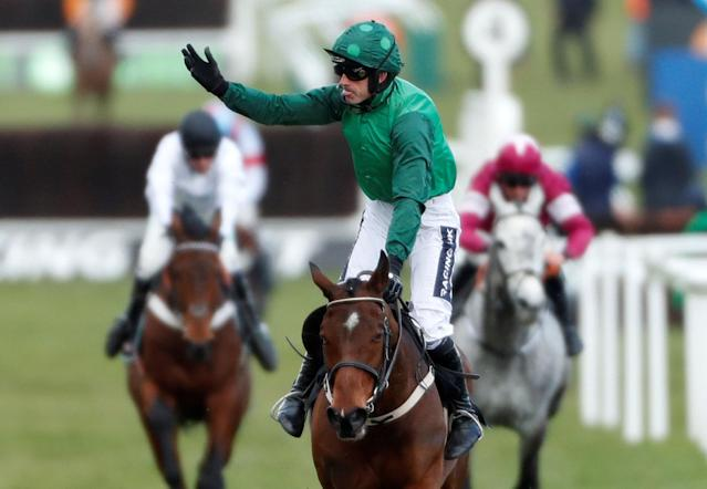 Horse Racing - Cheltenham Festival - Cheltenham Racecourse, Cheltenham, Britain - March 13, 2018 Footpad ridden by Ruby Walsh celebrates winning the 14:10 Racing Post Arkle Challenge Trophy Novices' Chase Action Images via Reuters/Matthew Childs