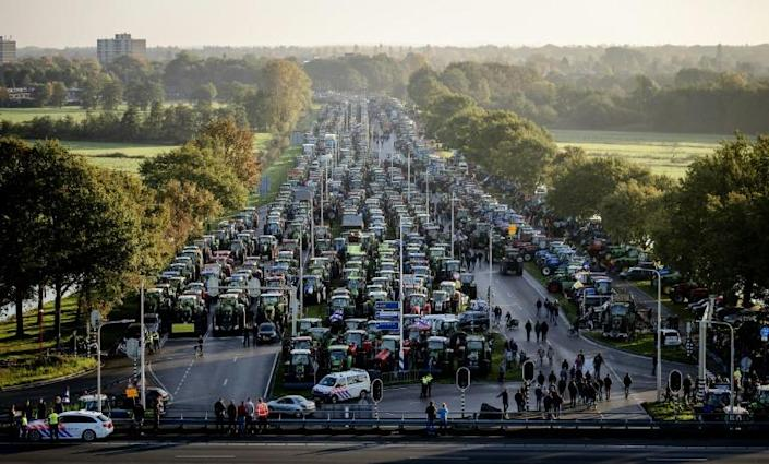The Dutch farmers' action caused widespread disruption to road users (AFP Photo/Robin van Lonkhuijsen)