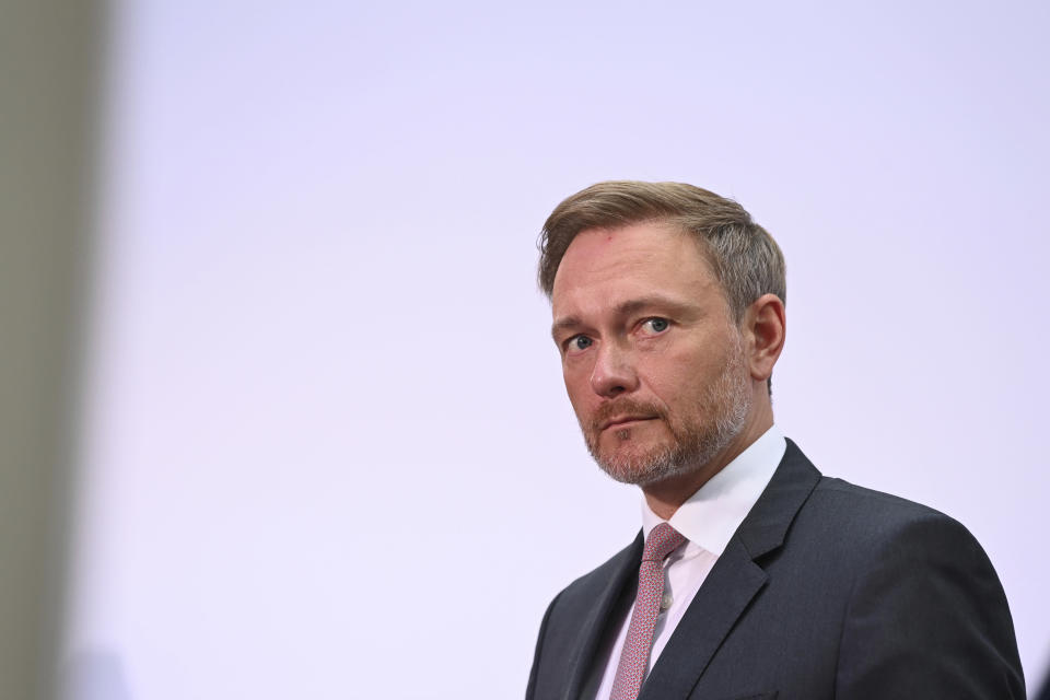 Germany's Free Democrats chairman Christian Lindner attends a news conference at the headquarters in Berlin, Germany, Monday, Sept. 27, 2021. Following Sunday's election leaders of the German parties were meeting Monday to digest a result that saw Merkel's Union bloc slump to its worst-ever result in a national election and appeared to put the keys to power in the hands of two opposition parties. Both Social Democrat Olaf Scholz and Armin Laschet, the candidate of Merkel's party, laid a claim to leading the next government. (Sebastian Kahnert/dpa via AP)