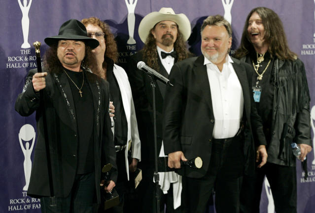 Gary Rossington, Billy Powell, Artimus Pyle, Ed King, and Bob Burns at the Rock & Roll Hall of Fame dinner in 2006.  (Photo: Stuart Ramson/AP)
