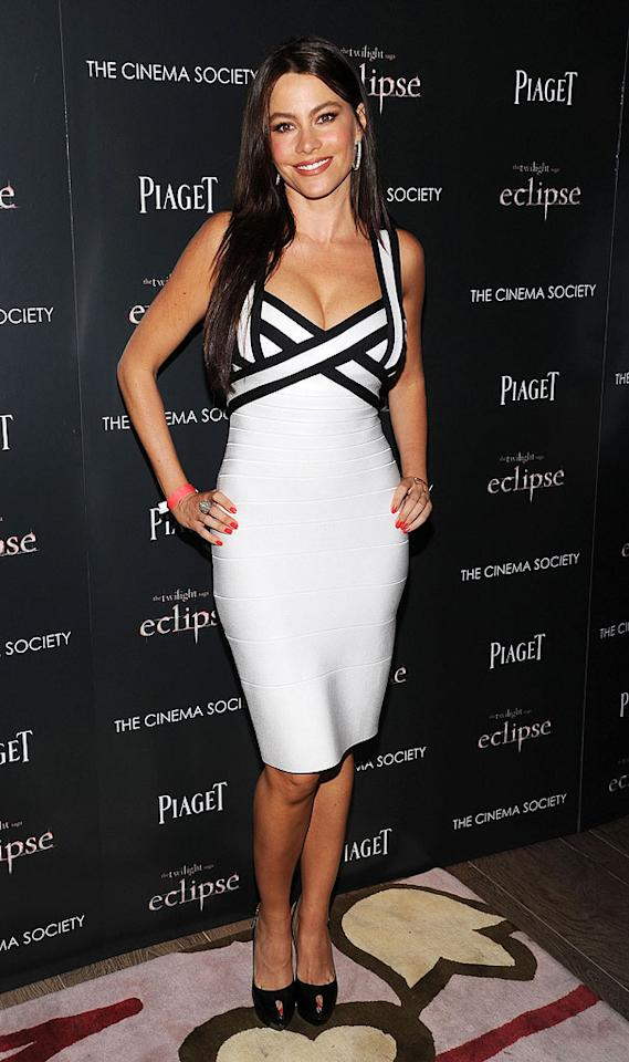 "At the same ""Twilight"" screening, ""Modern Family"" bombshell Sofia Vergara was va va voom in a black-and-white Herve Leger colorblock criss-cross dress. Dimitrios Kambouris/<a href=""http://www.wireimage.com"" target=""new"">WireImage.com</a> - June 28, 2010"