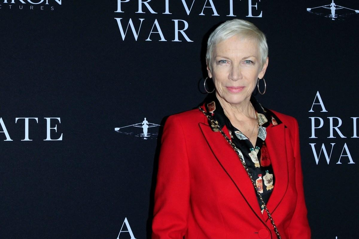 """<strong>Annie Lennox</strong> arrived at the 1984 Grammys in head-to-toe drag, ready to perform""""Sweet Dreams (Are Made of This).""""  The only problem? Producers were panicking looking for her backstage seconds before the performance because they didn't recognize her in her suit and mutton chops.""""People were unaware that it was me,"""" Lennox<a rel=""""nofollow"""" href=""""https://www.ctvnews.ca/annie-lennox-looks-back-at-drag-grammy-moment-1.366422"""">said</a> later. """"So it was almost like being a fly on the wall for awhile.""""  Eventually, Lennox <a rel=""""nofollow"""" href=""""https://www.youtube.com/watch?v=OEgNpgOHcSY"""">took the stage</a> and it took audiences a bit to figure out what was happening.""""If ever you get a chance to perform on live television, you have an opportunity to make something special because millions of people will be watching you,"""" Lennox said. Well, she certainly took that opportunity."""