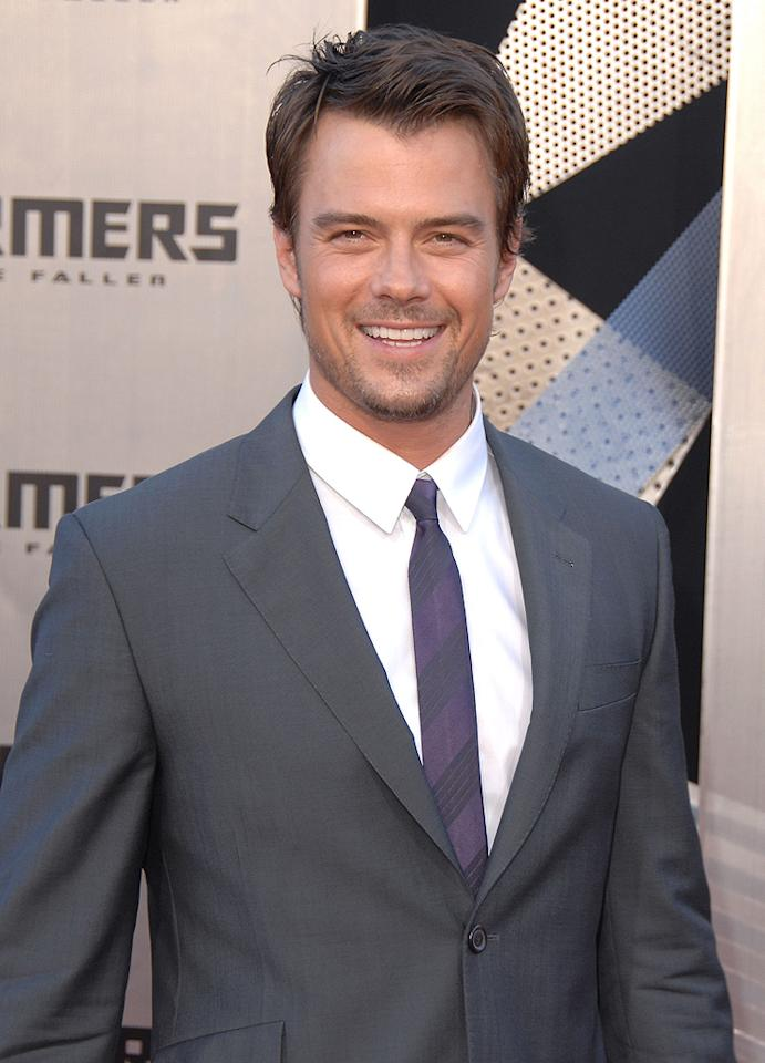 """<a href=""""http://movies.yahoo.com/movie/contributor/1804581818"""">Josh Duhamel</a> at the Los Angeles premiere of <a href=""""http://movies.yahoo.com/movie/1809943432/info"""">Transformers: Revenge of the Fallen</a> - 06/22/2009"""