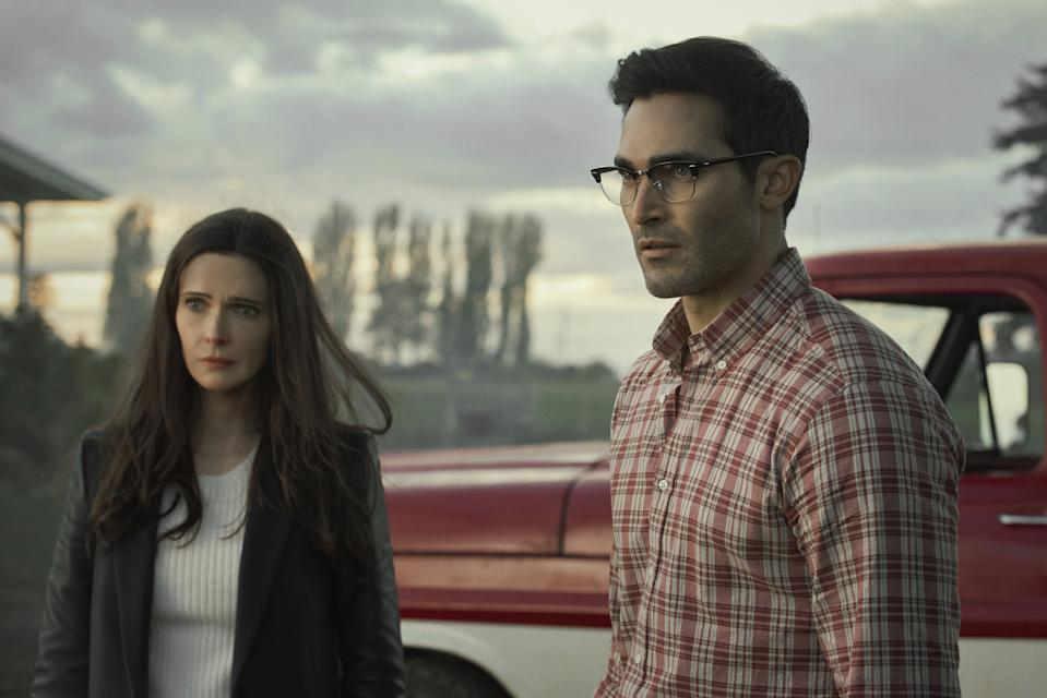 Lois (Elizabeth Tulloch) and Clark (Tyler Hoechlin) in Superman & Lois. (PHOTO: Warner TV)