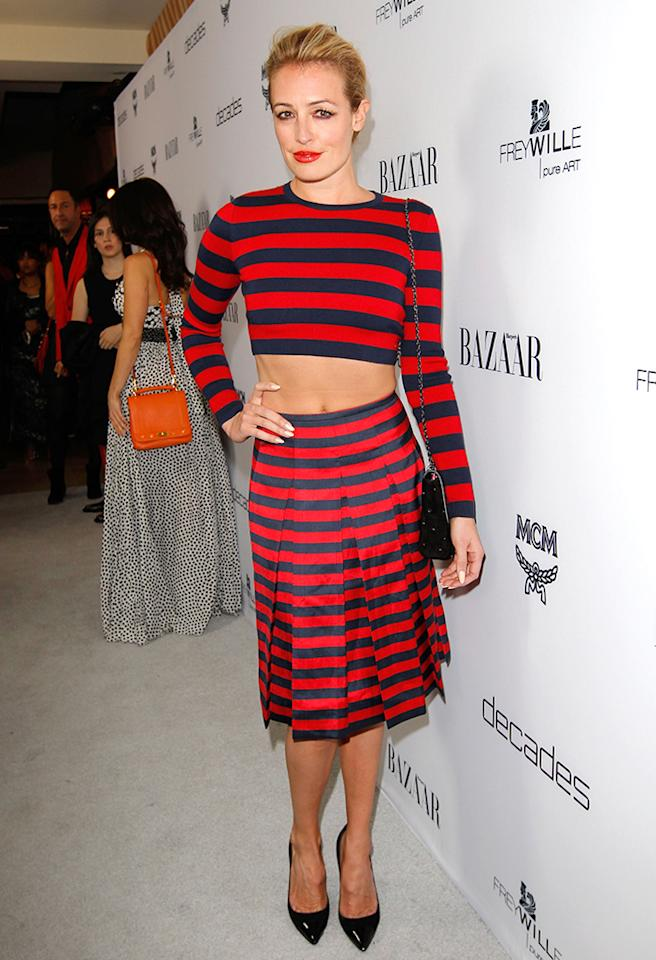 Hey, Cat Deeley! Freddy Krueger called and wants his shrunken sweater back. The skirt, not so much. (2/28/2013)