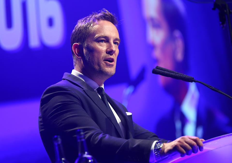 Simon Thomas chose to keep his engagement private. (Getty)