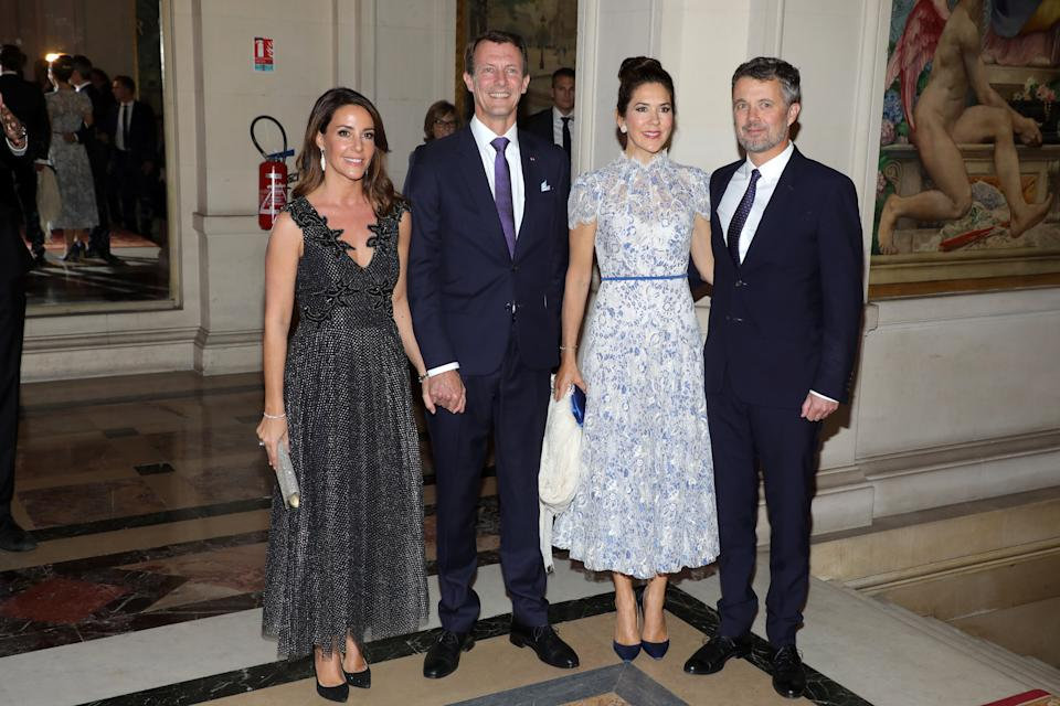 PARIS, FRANCE - OCTOBER 08: (L-R) Princess Marie of Denmark, Prince Joachim of Denmark, Crown Princess Mary of Denmark and Crown Prince Frederik of Denmark attend a Grand dinner at the Town Hall on October 08, 2019 in Paris, France. (Photo by Pierre Suu/Getty Images)