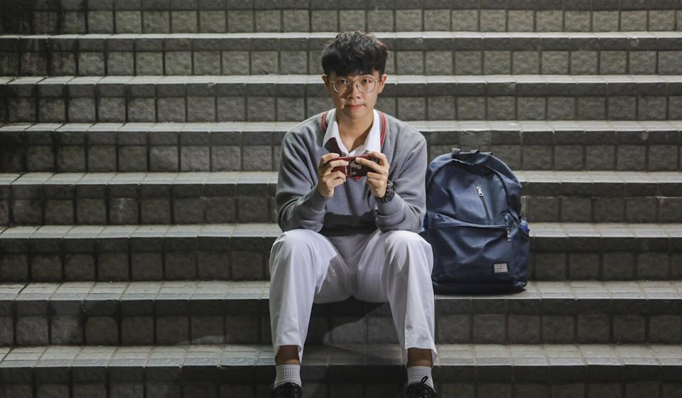Lau Tsz-ip, a secondary school student, found himself spending as many as 10 hours a day on his phone, endlessly scrolling his social media feeds. Photo: Dickson Lee