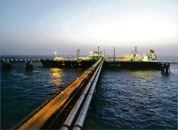 Petronet LNG to invest ₹2,100 crore at Dahej terminal