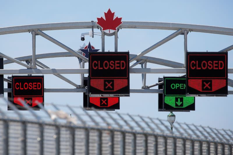 U.S. will extend border restrictions with Canada, Mexico until Oct. 21