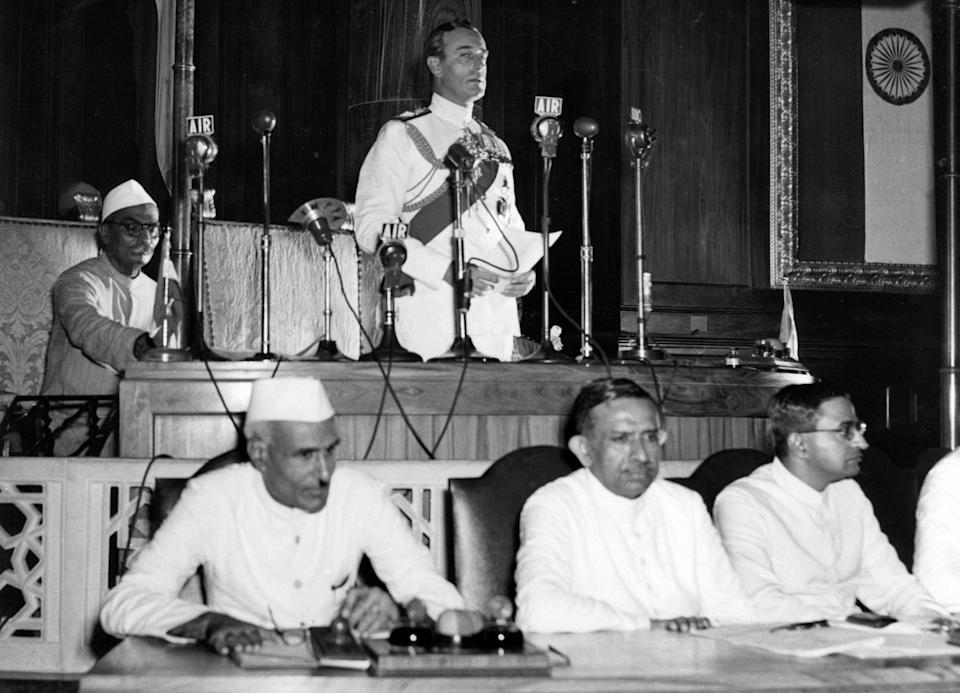 Lord Mountbatten at the declaration of Indian Independence, 15 August 1947. Lord Louis Mountbatten 1900-1979, was the last Viceroy of India. (Photo by: Universal History Archive/ Universal Images Group via Getty Images)