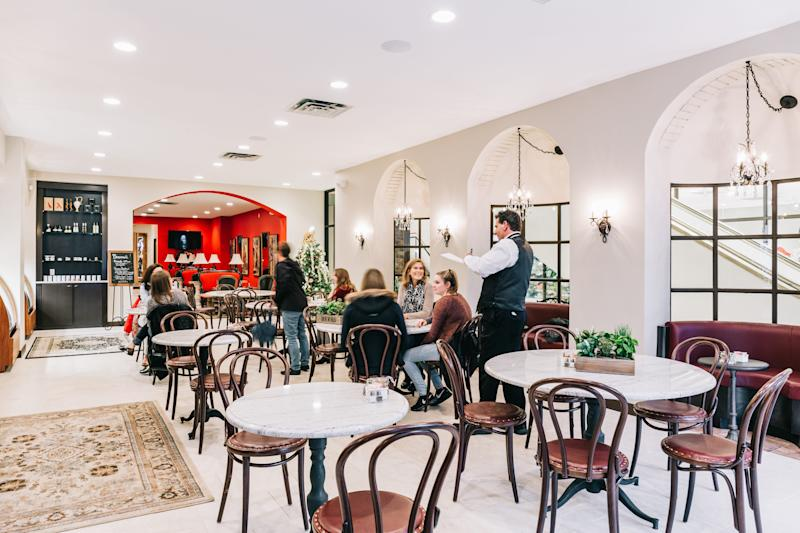 Birmingham's La Strada Dolci e Caffé is rebranding as La Strada Italian Kitchen & Bar while converting all of its wage workers to salaried employees and removing the tip line from customers' bills.