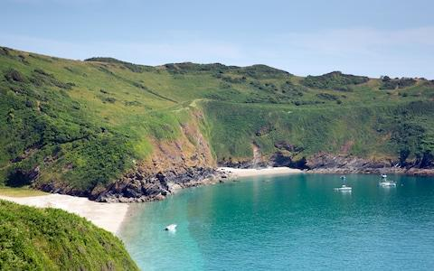 Lantic Bay to Polruan - Credit: acceleratorhams/acceleratorhams