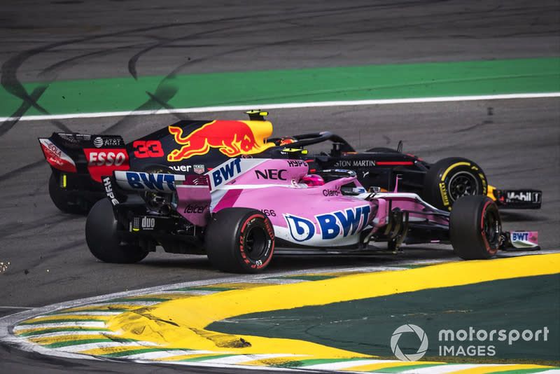"Max Verstappen, Red Bull Racing RB14 y Esteban Ocon, Force India VJM11<span class=""copyright"">Jerry Andre / Motorsport Images</span>"