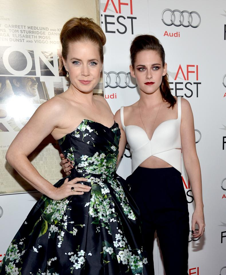 "HOLLYWOOD, CA - NOVEMBER 03:  Actresses Amy Adams and Kristen Stewart arrive at the ""On The Road"" premiere during the 2012 AFI Fest presented by Audi at Grauman's Chinese Theatre on November 3, 2012 in Hollywood, California.  (Photo by Alberto E. Rodriguez/Getty Images for AFI)"