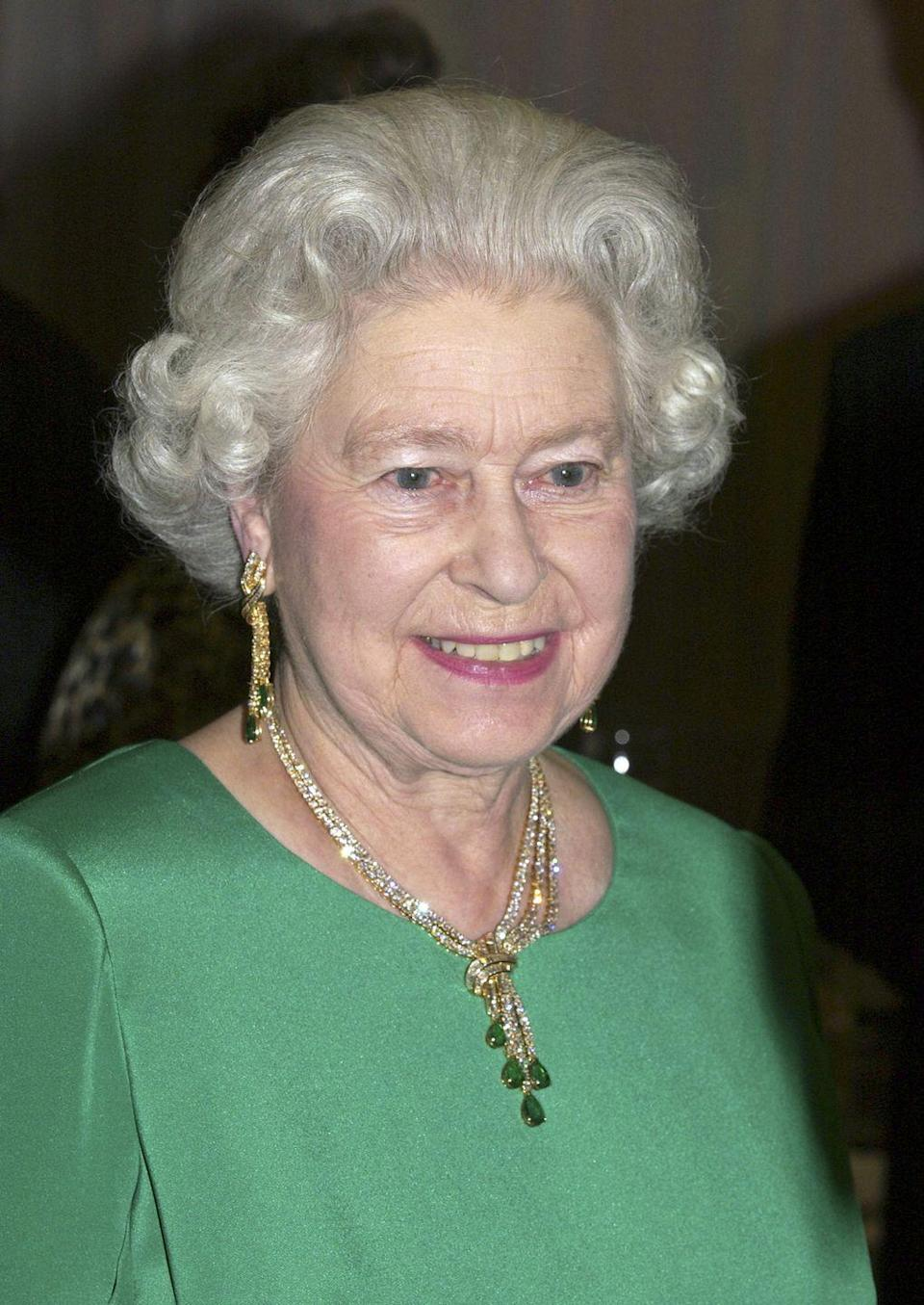 <p>This set is unusual for the Queen in that the setting is gold. The emeralds once belonged to Queen Mary's grandmother, the Duchess of Cambridge, and were made into jewelry at the request of Queen Mary for the Delhi Durbar.<br></p>
