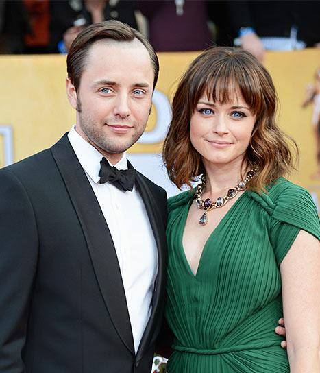 Vincent Kartheiser Opens Up About Falling For Fiancee Alexis Bledel, Mad Men Cast Rooted For Them