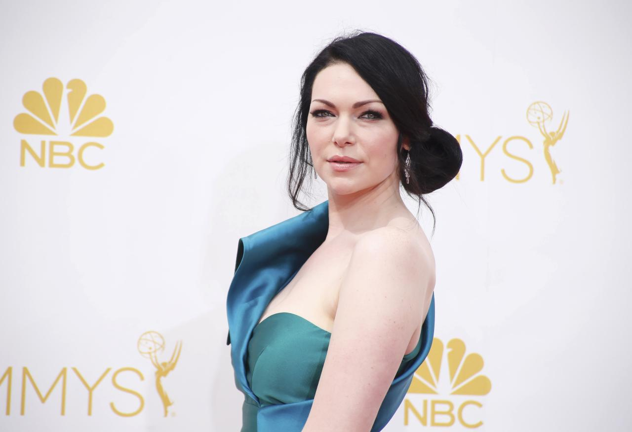 """Laura Prepon from the Netflix series """"Orange is the New Black"""" arrives at the 66th Primetime Emmy Awards in Los Angeles, California August 25, 2014. REUTERS/Lucy Nicholson (UNITED STATES -Tags: ENTERTAINMENT)(EMMYS-ARRIVALS)"""