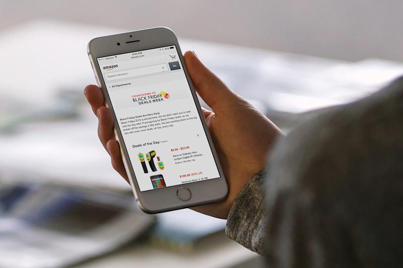 Black Friday: $905 million in sales came from smartphones and tablets, iOS led the way