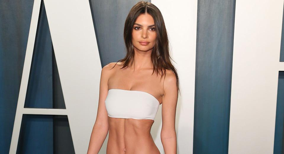Emily Ratajkowski's beauty look at the Oscars included this YSL firming serum. (Getty Images)