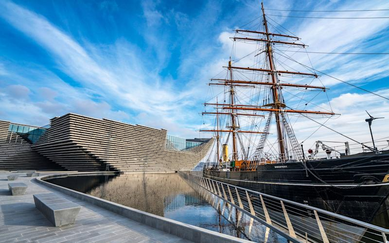 The V&A Dundee and RRS Discovery - Iain Masterton