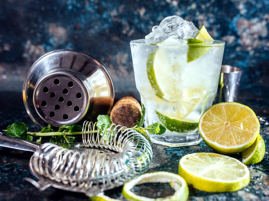 <p>Gin's natural properties are great for your skin. It's packed with antioxidants that'll ensure a youthful complexion while boosting regeneration cells.<br><i>[Photo: Getty]</i> </p>