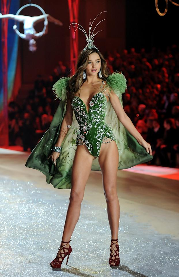 Model Miranda Kerr walks the runway during the 2012 Victoria's Secret Fashion Show on Wednesday Nov. 7, 2012 in New York. The show will be Broadcast on Tuesday, Dec. 4 (10:00 PM, ET/PT) on CBS. (Photo by Evan Agostini/Invision/AP)