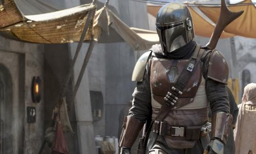 The Mandalorian review – splashy Star Wars show is a dusty disappointment