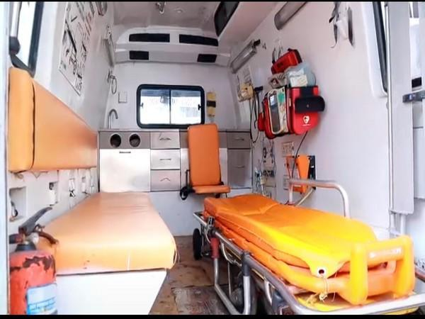 Visual of the inside of ambulance with oxygen supply