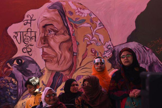 Women gathered in large numbers to celebrate the 71st Republic Day during the ongoing protests against CAA, NRC and NPR at Shaheen Bagh, on January 26, 2020, in New Delhi.