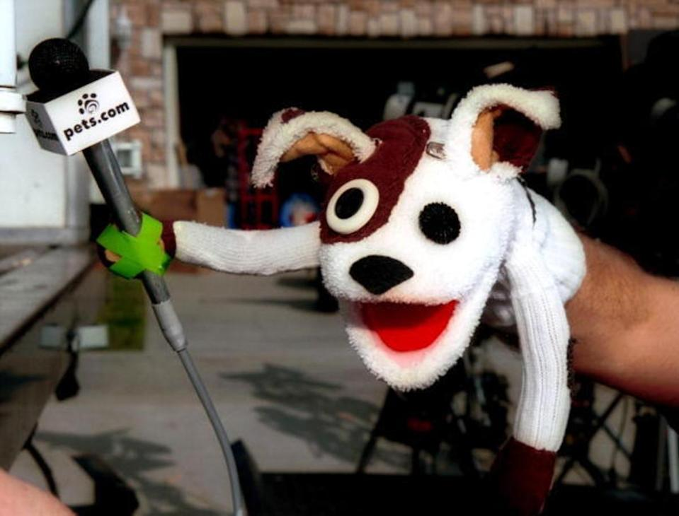 The pets.com sock puppet dog stars in a commercial for the company, Los Angeles, California, January 11, 2000. Photo by Bob Riha/Liaison/Getty Image