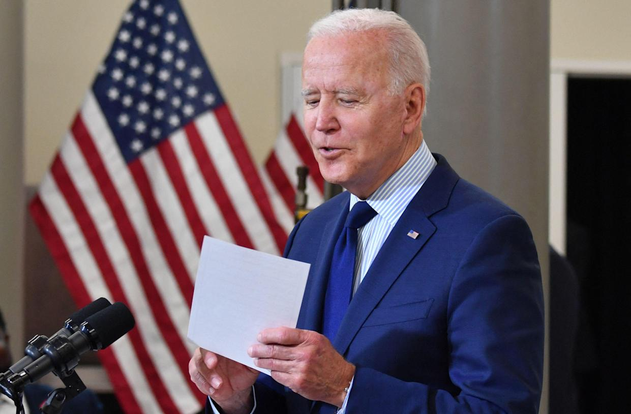 US President Joe Biden speaks on the economy at Cuyahoga Community College Manufacturing Technology Center, on May 27, 2021, in Cleveland, Ohio. (Photo by Nicholas Kamm / AFP) (Photo by NICHOLAS KAMM/AFP via Getty Images)