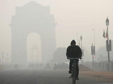 Delhi's air quality plunges to 'very poor' category, AQI docked at 336 as of Monday morning