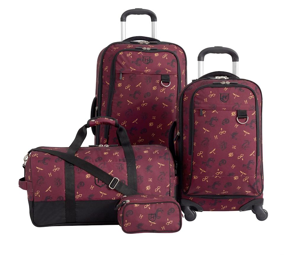 <p>These bags feature a fun Harry Potter-themed pattern! </p>