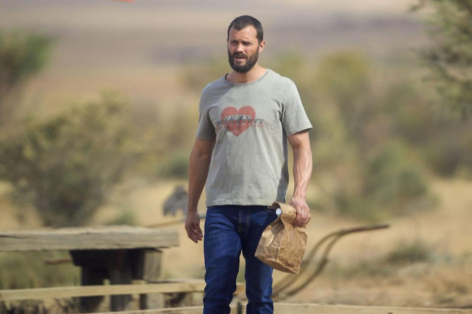 <p>Jamie Dornan gets into character on Sunday on the Australia set of <em>The Tourist.</em></p>