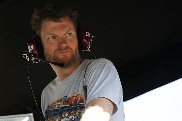 Earnhardt: 'Itch to scratch' in NASCAR return