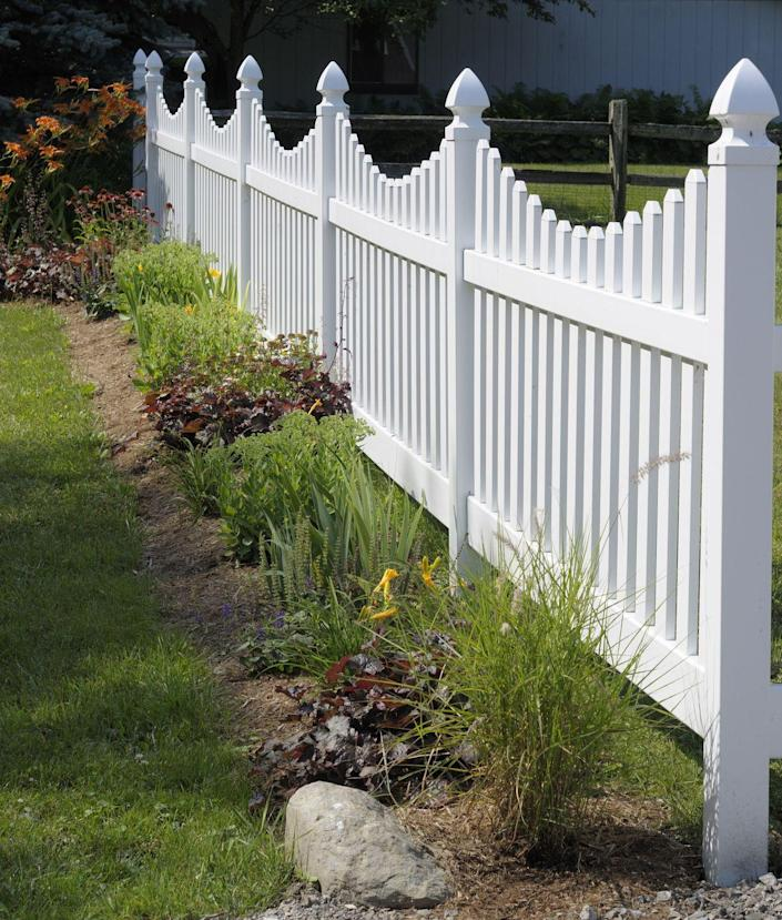 "<p>This attractive fence is constructed from low-maintenance vinyl. While the initial cost may be higher than wood, it lasts for a long time and cleans up with a power washer. No painting required! </p><p><a class=""link rapid-noclick-resp"" href=""https://go.redirectingat.com?id=74968X1596630&url=https%3A%2F%2Fwww.homedepot.com%2Fp%2FZippity-Outdoor-Products-3-ft-x-6-ft-Newport-Picket-Fence-W-Post-and-No-Dig-Steel-Pipe-Anchor-Kit-ZP19002%2F206856535&sref=https%3A%2F%2Fwww.thepioneerwoman.com%2Fhome-lifestyle%2Fgardening%2Fg32651791%2Fdecorative-garden-fence-ideas%2F"" rel=""nofollow noopener"" target=""_blank"" data-ylk=""slk:SHOP VINYL FENCING"">SHOP VINYL FENCING</a></p>"