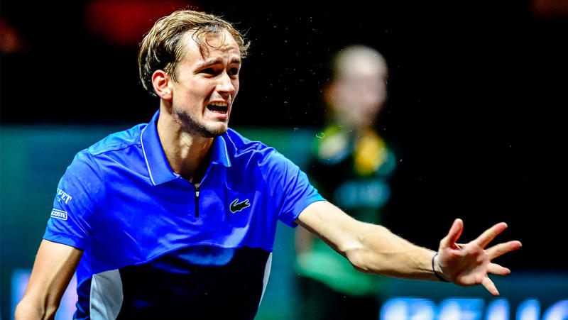 Daniil Medvedev frustrated and gestures after a point.