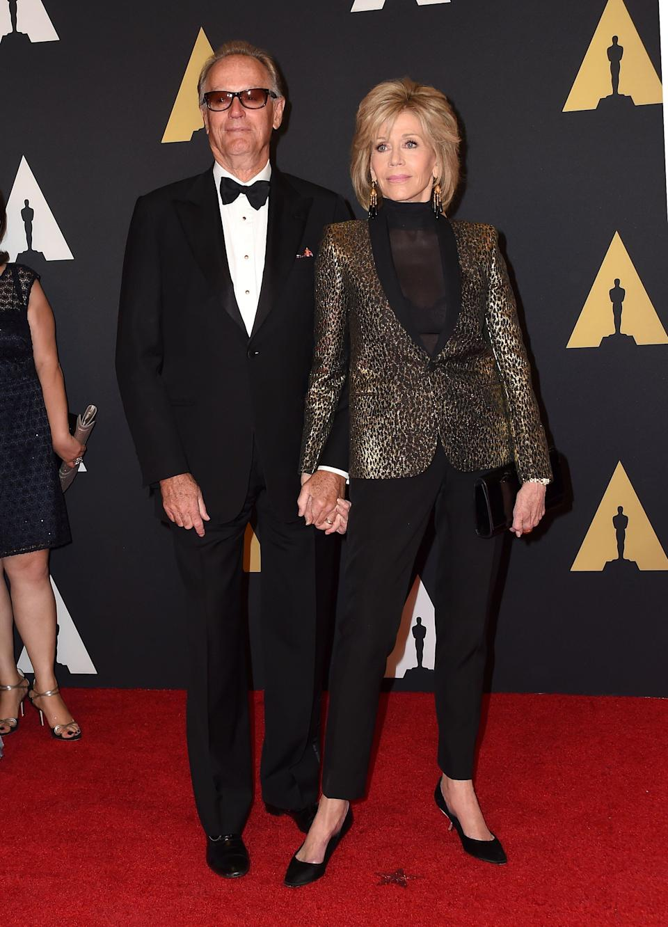 Peter Fonda and Jane Fonda attend the seventh annual Governors Awards honoring Spike Lee, Gena Rowlands and Debbie Reynolds, in Hollywood, California, on Nov. 14, 2015. (Photo: VALERIE MACON via Getty Images)
