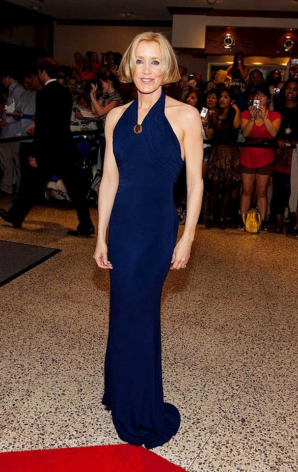 "Eva's ""Desperate Housewives"" costar Felicity Huffman celebrated the right to bare arms in this navy halter dress. Paul Morigi/<a href=""http://www.wireimage.com"" target=""new"">WireImage.com</a> - May 9, 2009"