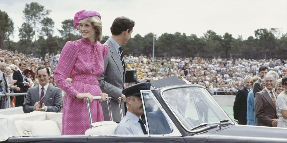 <p>Diana smiles at the crowds gathered in Perth. </p>