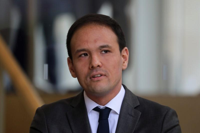 France launches 4-billion-euro support plan for start-ups - minister