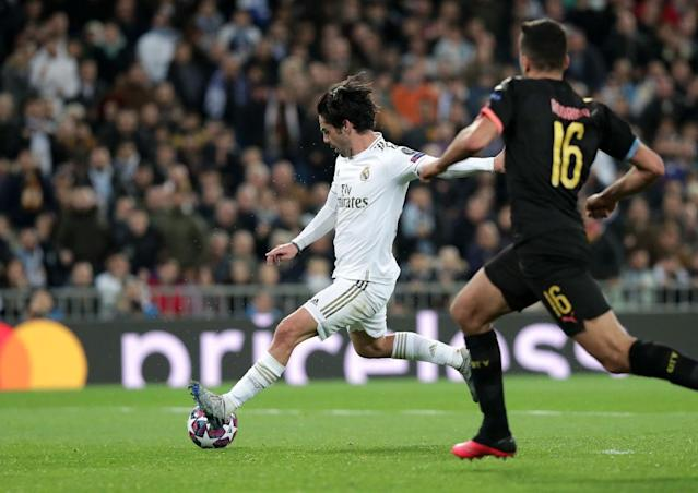 Isco trifft (Photo by Gonzalo Arroyo Moreno/Getty Images)