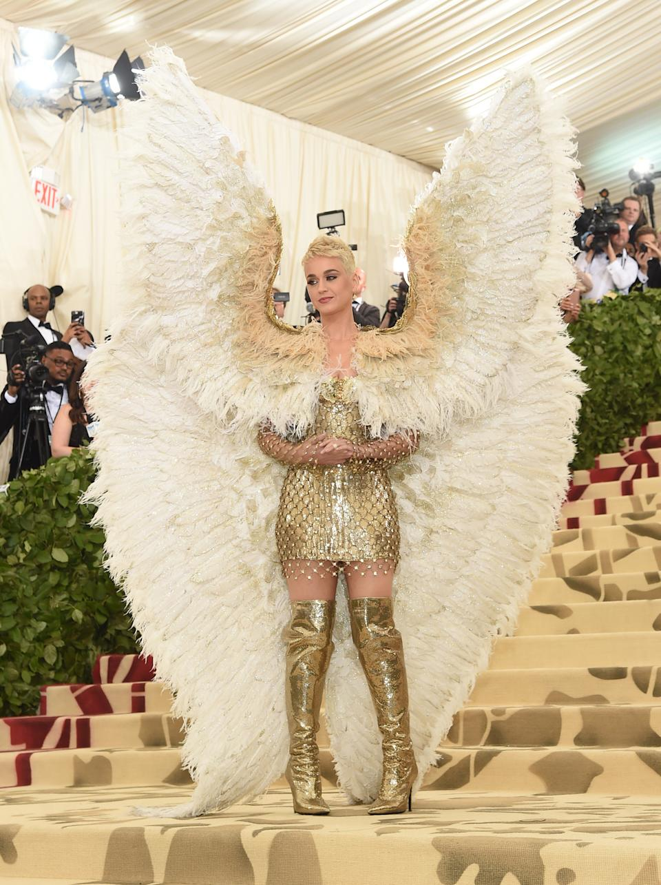"""<h1 class=""""title"""">Katy Perry in Versace</h1><cite class=""""credit"""">Photo: Getty Images</cite>"""